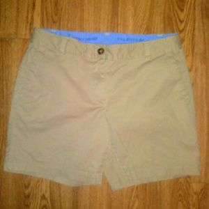 "Talbots ""weekend chino"" shorts size 6 petite"